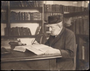 Moritz Steinschneider writing at his desk