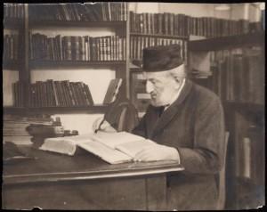 Moritz Steinschneider writing at his desk