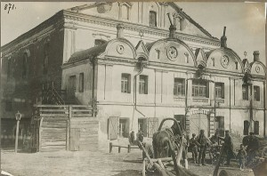 Bardach photographed many synagogues