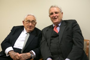 Josef Joffe (r) with Henry Kissinger. Photo by Christina Domingues.