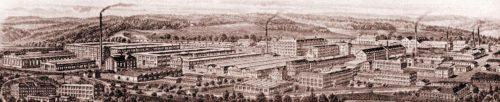 """Dieser Kopfbogen zeigt die Ansicht der Simson-Werke um 1920. Aus: """"Suhl zum 400-jährigen Stadtjubiläum"""""""