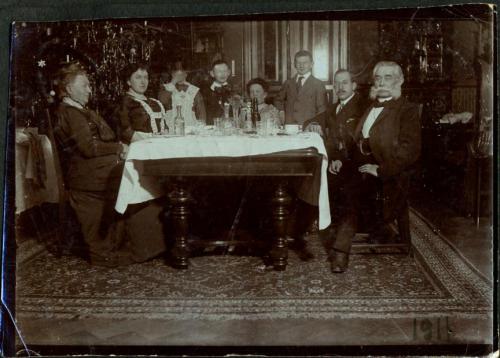 Schild Family - Wihnachten 1911.